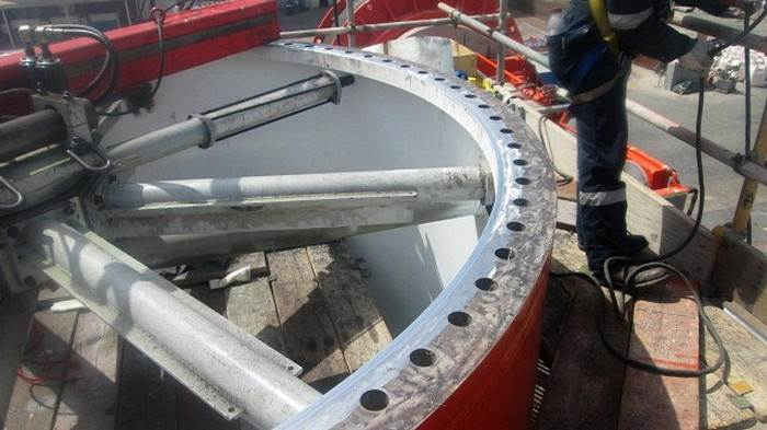 Insitu-machining of the flange to correct the deformation from the welding