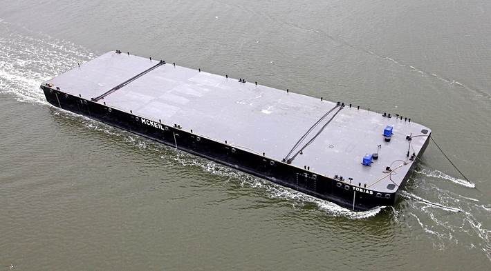 pontoons and barges, deck space